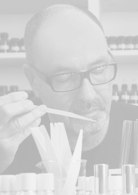 Enzo Galardi artigiano del profumo